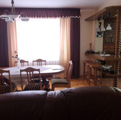 Eleganckie wnętrze z nutką zieleni w Mławie - przed 5